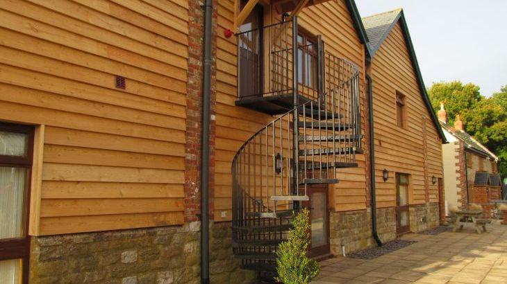 The Victorian Barn Self Catering Holidays with Pool & Hot Tubs, Dorset. - Photo 22