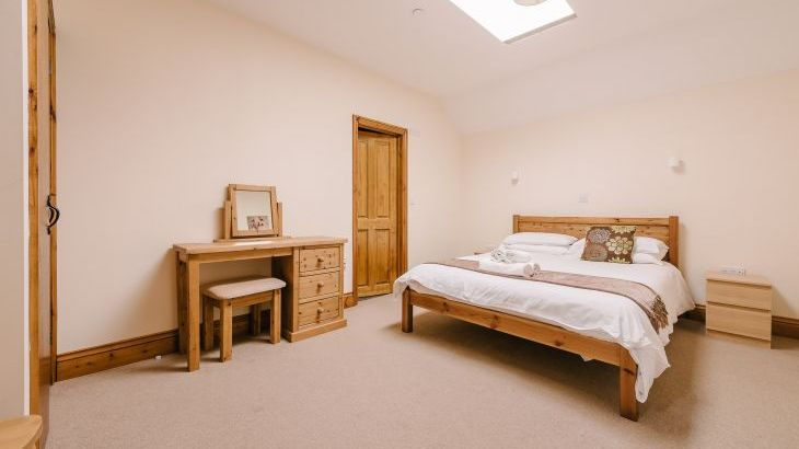 The Victorian Barn Self Catering Holidays with Pool & Hot Tubs, Dorset. - Photo 19