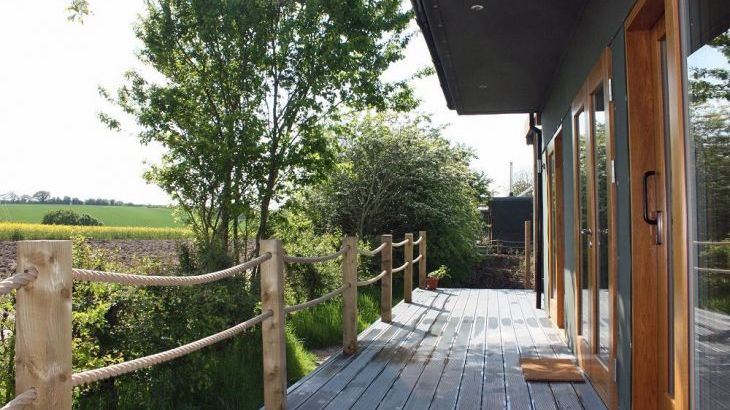 Luxury lodges with private hot tubs and a view of the Chilterns - Photo 5
