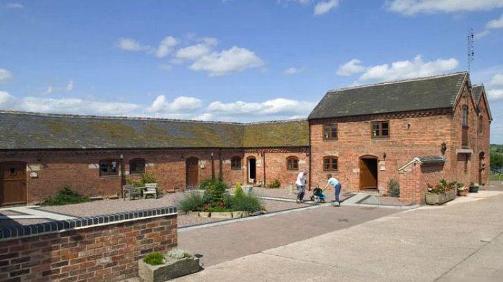 Blithfield Lakeside Barns, sleeps  32,  Photo 4