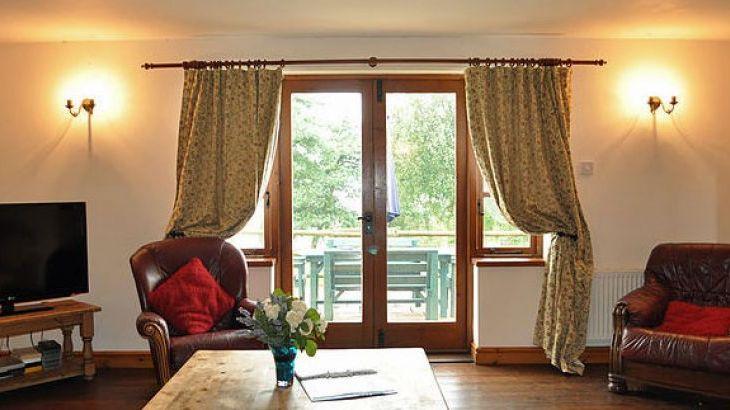Blithfield Lakeside Barns, sleeps  32,  Photo 8
