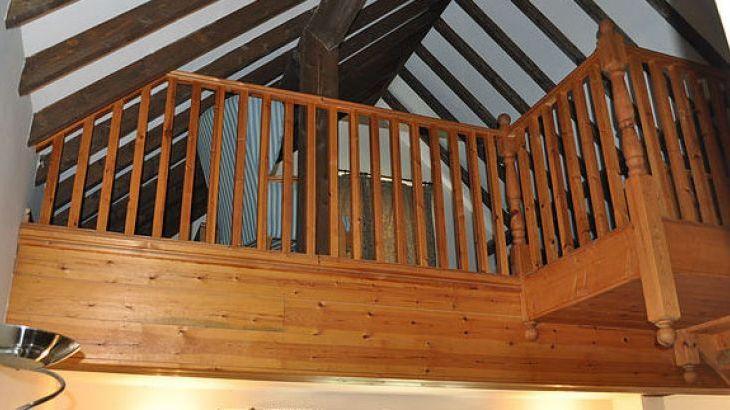 Blithfield Lakeside Barns, sleeps  32,  Photo 18