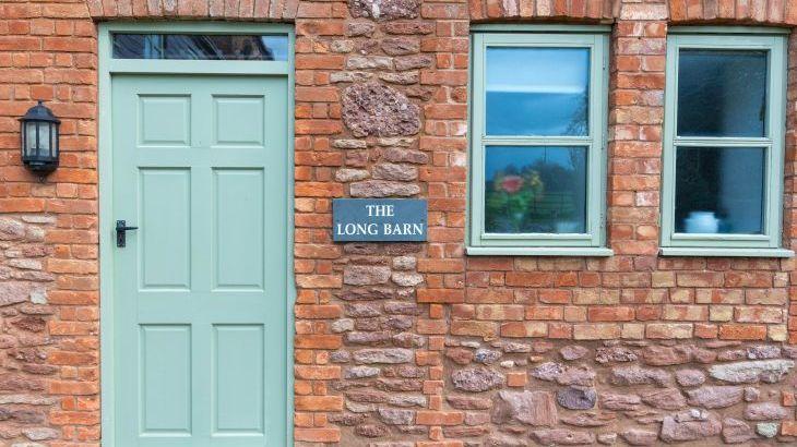 The Long Barn, sleeps  12,  Photo 1