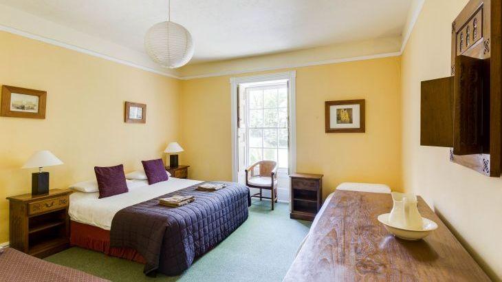 Glansevin Mansion, sleeps  56,  Photo 11