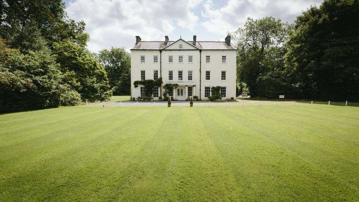 Glansevin Mansion, sleeps  56,  Photo 14