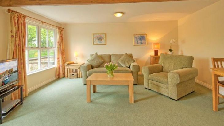 Romantic Retreats at Annstead Cottages - Photo 9