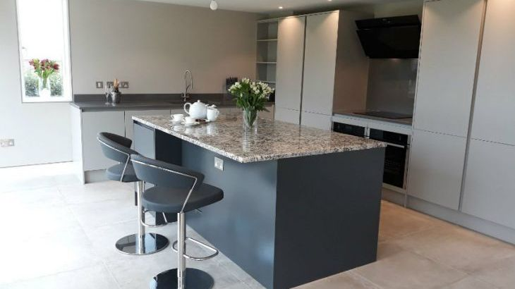 Sleeps 10 property with WOW Factor! Luxurious, Modern, High Quality, Amazing House - Photo 5