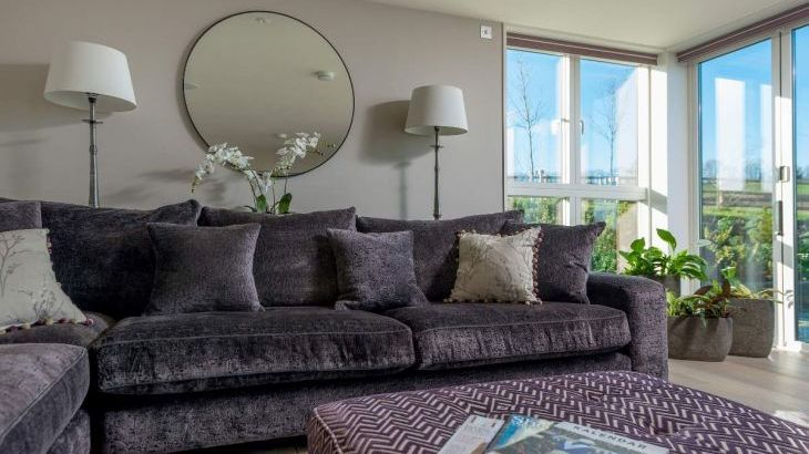 Sleeps 10 property with WOW Factor! Luxurious, Modern, High Quality, Amazing House - Photo 13
