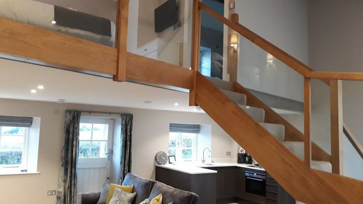 Sleeps 2, Romantic, Luxurious Cottage with Original features and Amazing Views - Photo 12