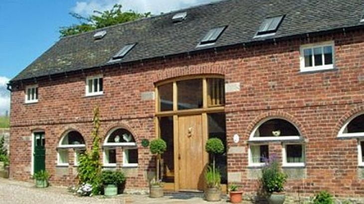 Large luxury Peak District  self catering Cottages sleeping 10 to 16 - Main Photo