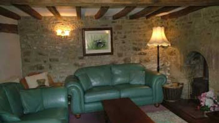 Large luxury Peak District  self catering Cottages sleeping 10 to 16 - Photo 4