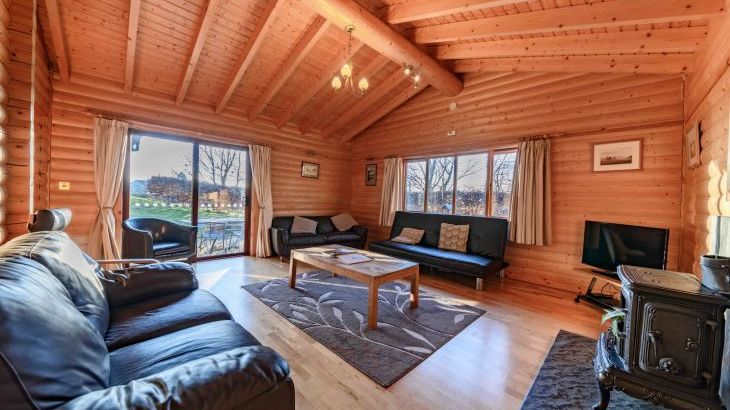 Pinecroft Lodges - Main Photo
