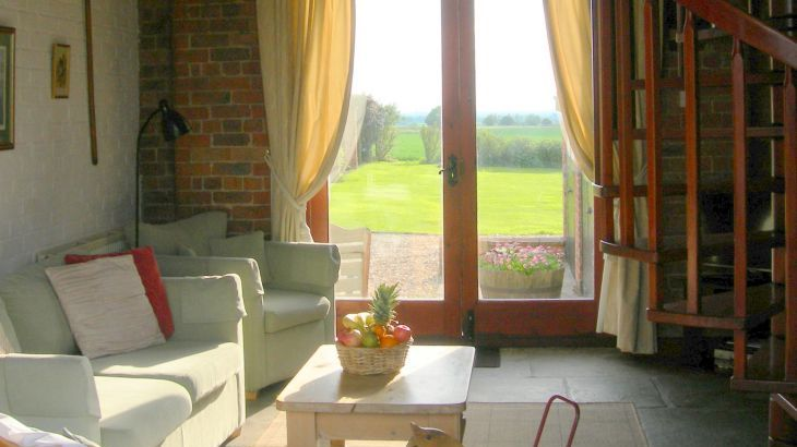 Cottages In Lincolnshire With Hot Tub And Games Room