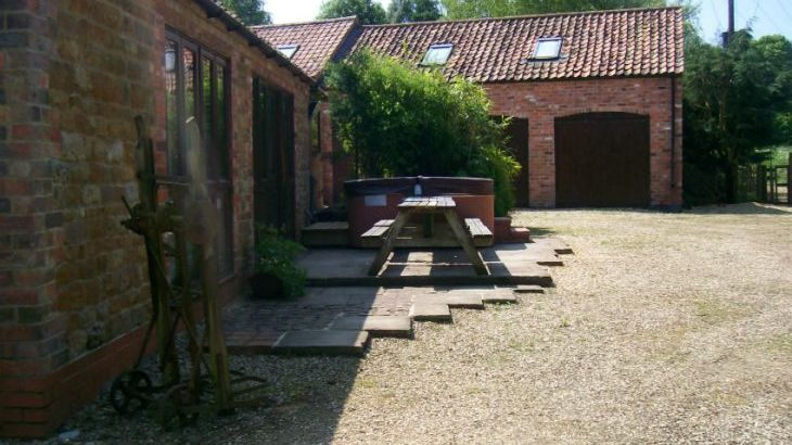 Mill House Holiday Cottages - Photo 3