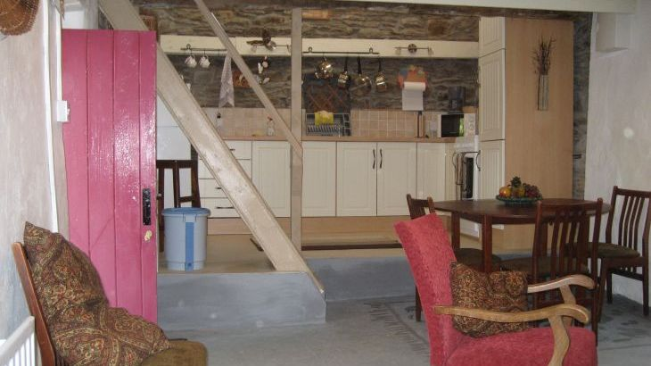Molly's  Shorefront Cottage - Photo 5