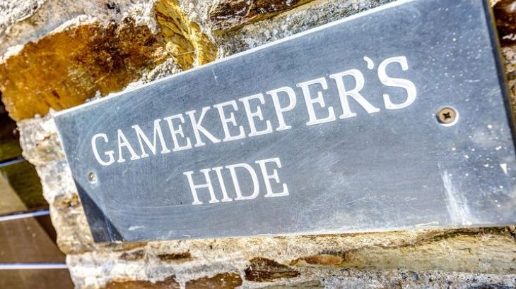 Gamekeeper's Hide on the Colmer Estate - Photo 20