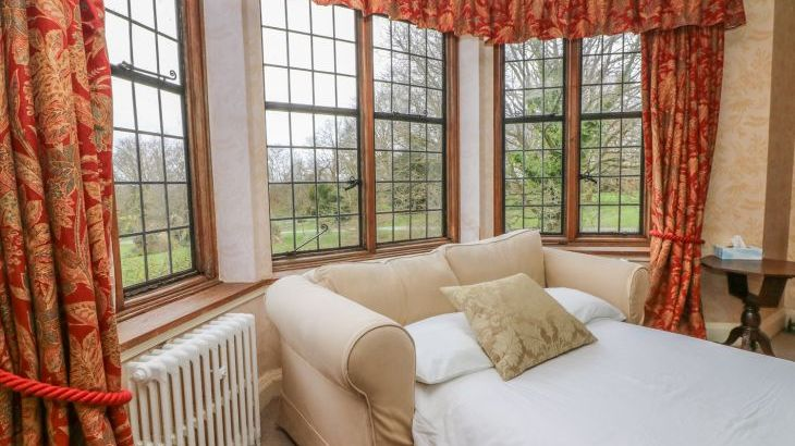 Hoath Country House, sleeps  26,  Photo 47