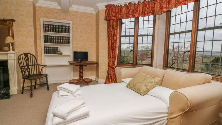 Hoath Country House, sleeps  26,  Photo 49