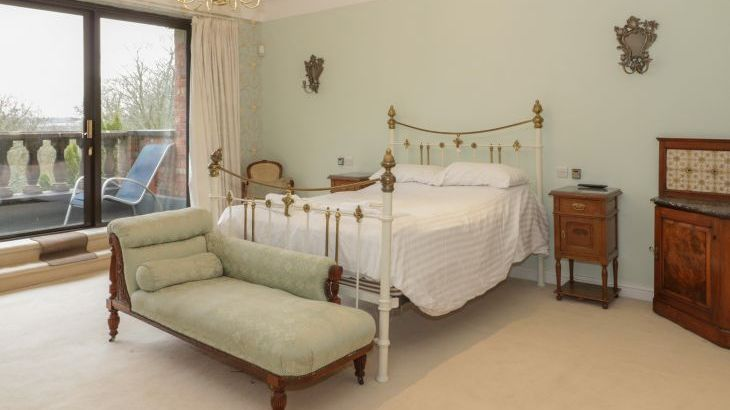 Richmond Country Hall, sleeps  19,  Photo 39