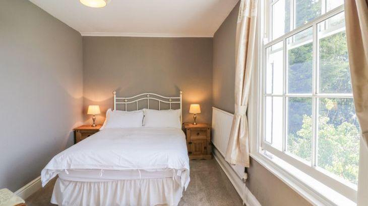Norton Grange Manor House, sleeps  16,  Photo 32