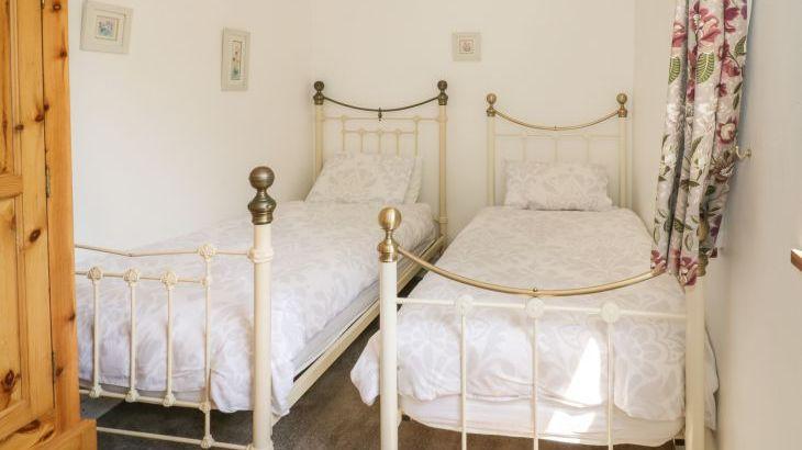 Norton Grange Manor House, sleeps  16,  Photo 35