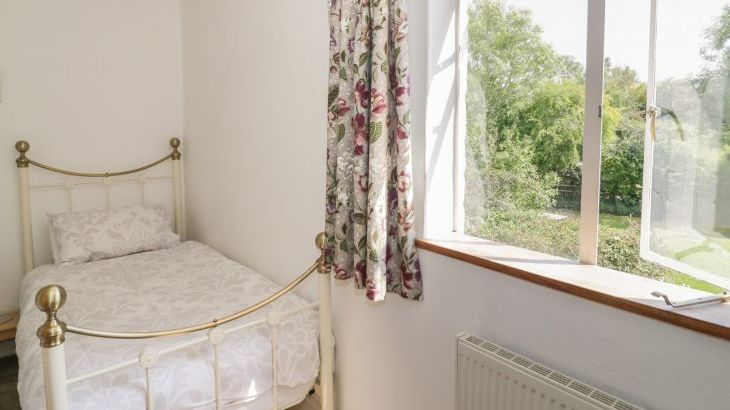 Norton Grange Manor House, sleeps  16,  Photo 37