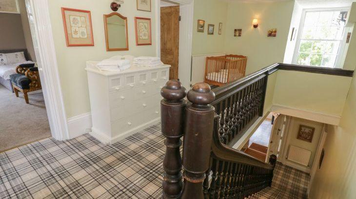 Norton Grange Manor House, sleeps  16,  Photo 38