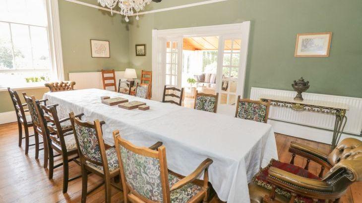 Norton Grange Manor House, sleeps  16,  Photo 13