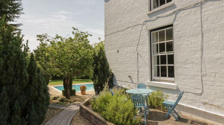 Norton Grange Manor House, sleeps  16,  Photo 50