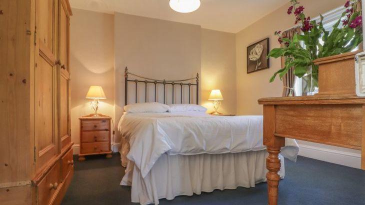 Croft Country Estate, sleeps  24,  Photo 20