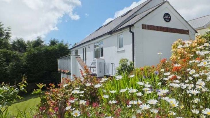 Halfpenny Holiday Cottage - Main Photo