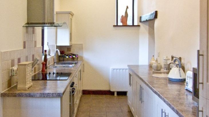 Woodside Barn Family Cottage, Pennington Near Ulverston, Cumbria & The Lake District  - Photo 2