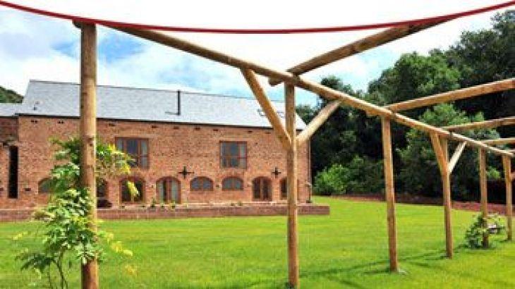 The Granary, sleeps  16,  group holiday rental, Somerset
