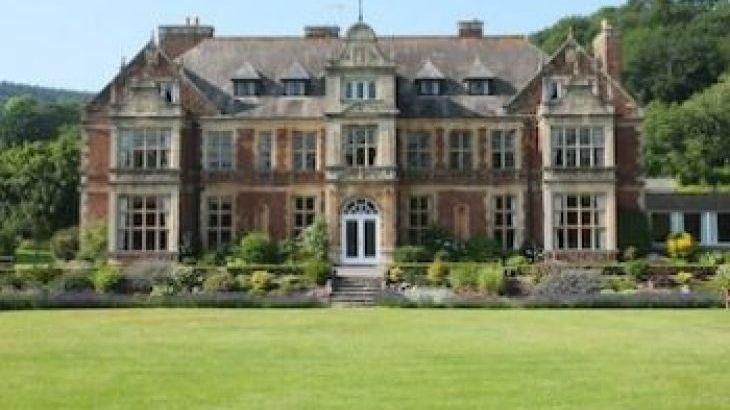 Knowle Manor, sleeps  53,  group holiday rental, Somerset