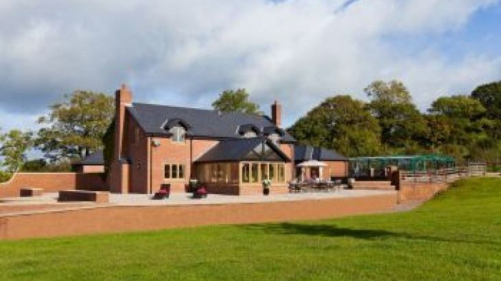 Wayside House, sleeps  13,  group holiday rental, Devon