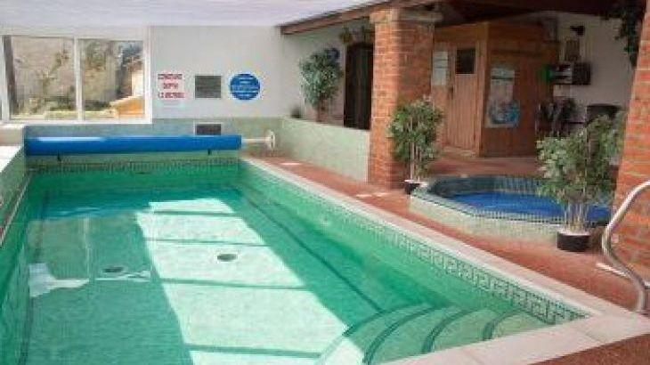 Mel House Cottages, sleeps  19,  group holiday rental, North Yorkshire