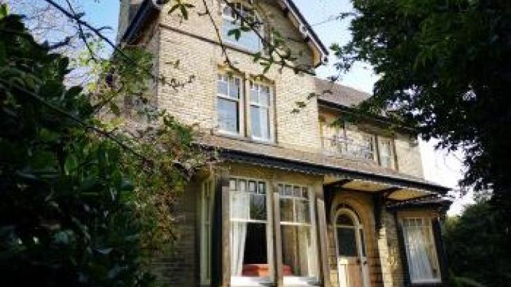 Ravensprings, sleeps  23,  group holiday rental, West Yorkshire