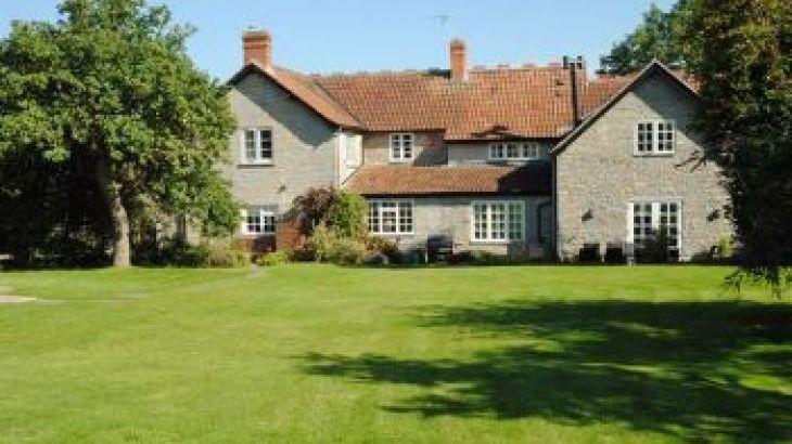 Gray Manes, sleeps  14,  group holiday rental, Somerset