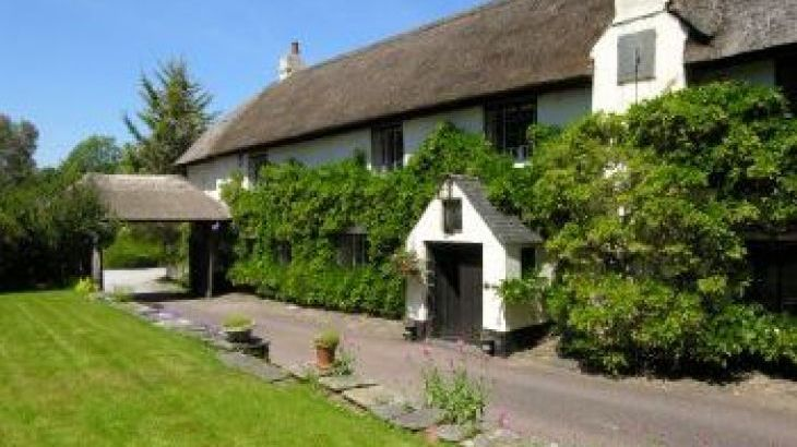 Duddings Country Cottages, sleeps  18,  group holiday rental, Somerset