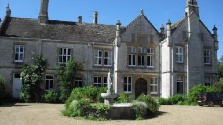 Southover House, sleeps  14,  group holiday rental, Dorset