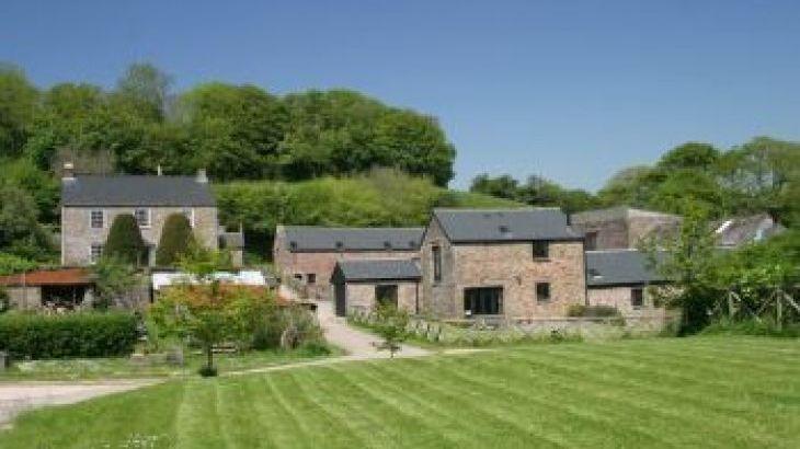 Beeson Farm Coastal Cottages South Devon, sleeps  26,  group holiday rental, Devon