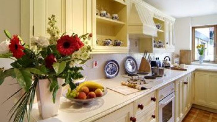 Broadway House, sleeps  16,  group holiday rental, Gloucestershire