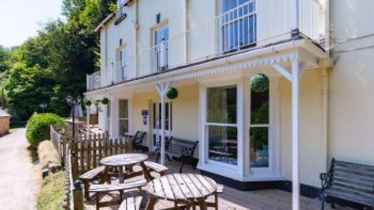 Holly Tree House, sleeps  22,  group holiday rental, Herefordshire