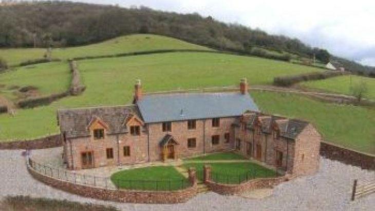 Smokeham Farm, sleeps  20,  group holiday rental, Somerset
