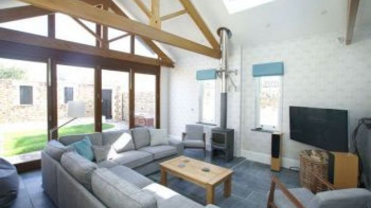 Westerly House, sleeps  16,  group holiday rental, Cornwall