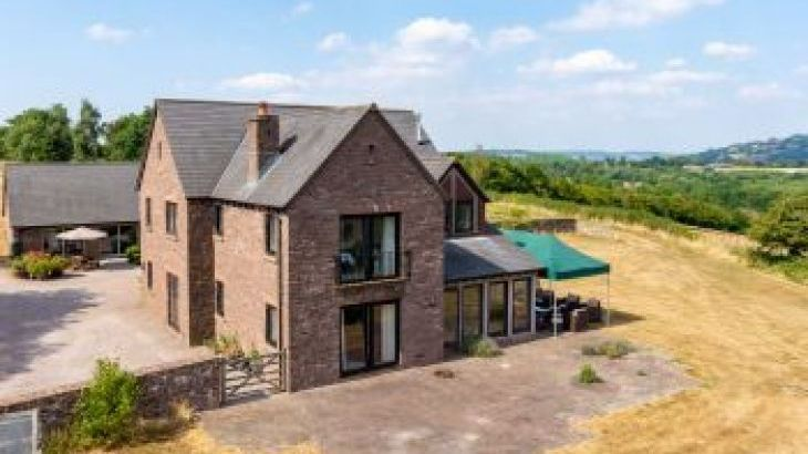 Orchard House Farm, sleeps  24,  group holiday rental, Monmouthshire