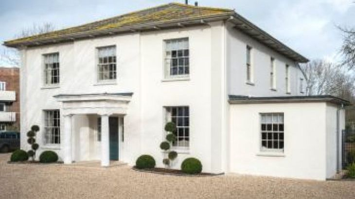 Allington Court, sleeps  21,  group holiday rental, Dorset