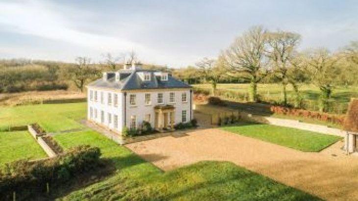 Little Cheriton House, sleeps  18,  group holiday rental, Somerset