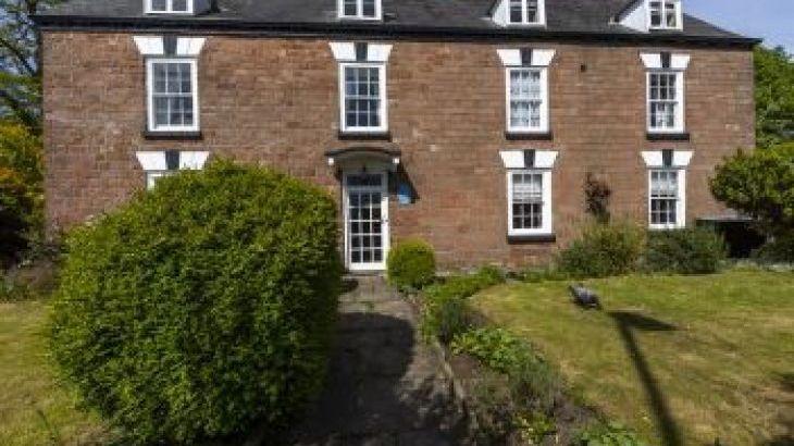 Forest House, sleeps  24,  group holiday rental, Gloucestershire