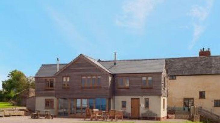 Lowe Farmhouse, sleeps  24,  group holiday rental, Herefordshire